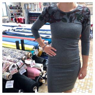Bonne nouvelle du jour : les cours de couture reprennent à partir du 4 juillet chez Léontine !! 😱🤩🎉 - Venez apprendre à coudre la robe givre de @deer_and_doe_patterns le Samedi 4 Juillet de 10h à 13h avec Antonine. 😉✂ - #coursdecouture #couturedebutant #couturefacile #jecoudsmagarderobe #ddgivre #deeranddoe