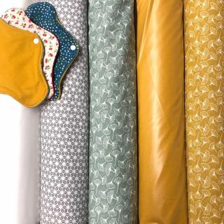 Tout nouveau, tout beau 👉 de nouveaux tissus PUL sont arrivés au magasin ! -  Ce tissu est parfait pour coudre des serviettes hygiéniques lavables, des couches lavables, des masques, des bavoirs, des pochettes de pique-nique, des charlottes couvre-plat… la liste est longue ! 😅 - #couturezerodechet #couture #jecouds #coutureaddict #passioncouture #ideecouture #zerodechet #instacouture #tissupul