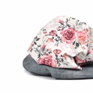 Vous adorez ce jersey coton fleuri et… il est officiellement de retour sur le site internet !! 🎉  Chez Léontine, on adore ce tissu féminin pour coudre des vêtements comme un t-shirt, une robe ou encore une combinaison !   Vous aimez ? 😉  #instacouture #jerseycoton #passioncouture #coutureaddict #coutureenfant #cousumain #jeportecequejecouds #jerseyaddict #jersey #tissujersey